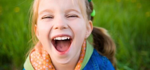 4 pautas para disfrutar de las vacaciones con brackets sin pensar en tu tratamiento de ortodoncia