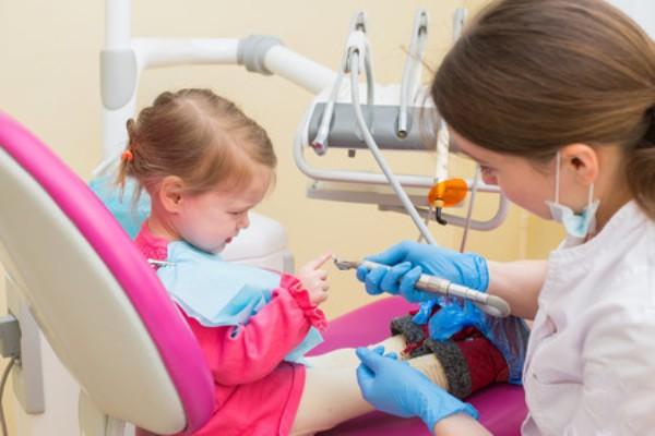 Nuestro odontopediatra  reponde a vuestras preguntas: